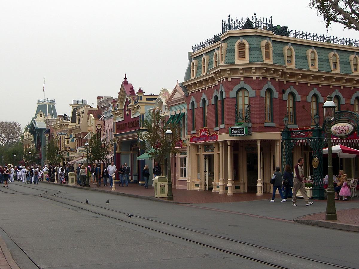 Disneyland Park Update By Adrienne Vincent