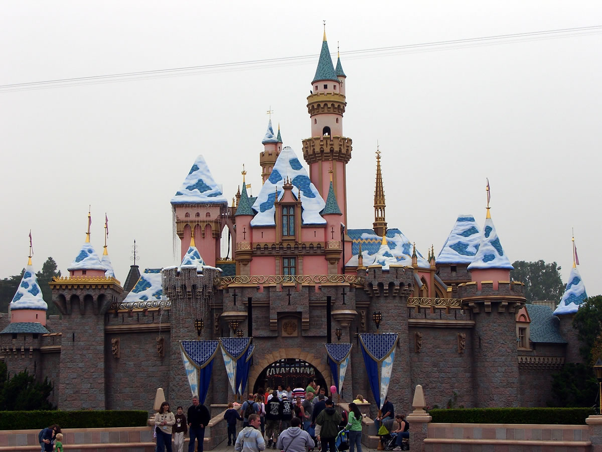 Mouseplanet Disneyland Park Update By Adrienne Vincent