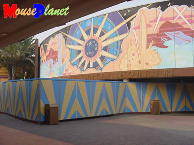 Mouseplanet disneyland park update by adrienne vincent for Disneyland mural