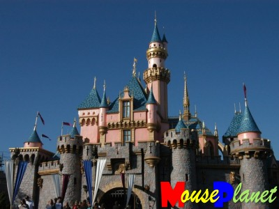 disneyland castle pictures. Sleeping Beauty Castle emerges