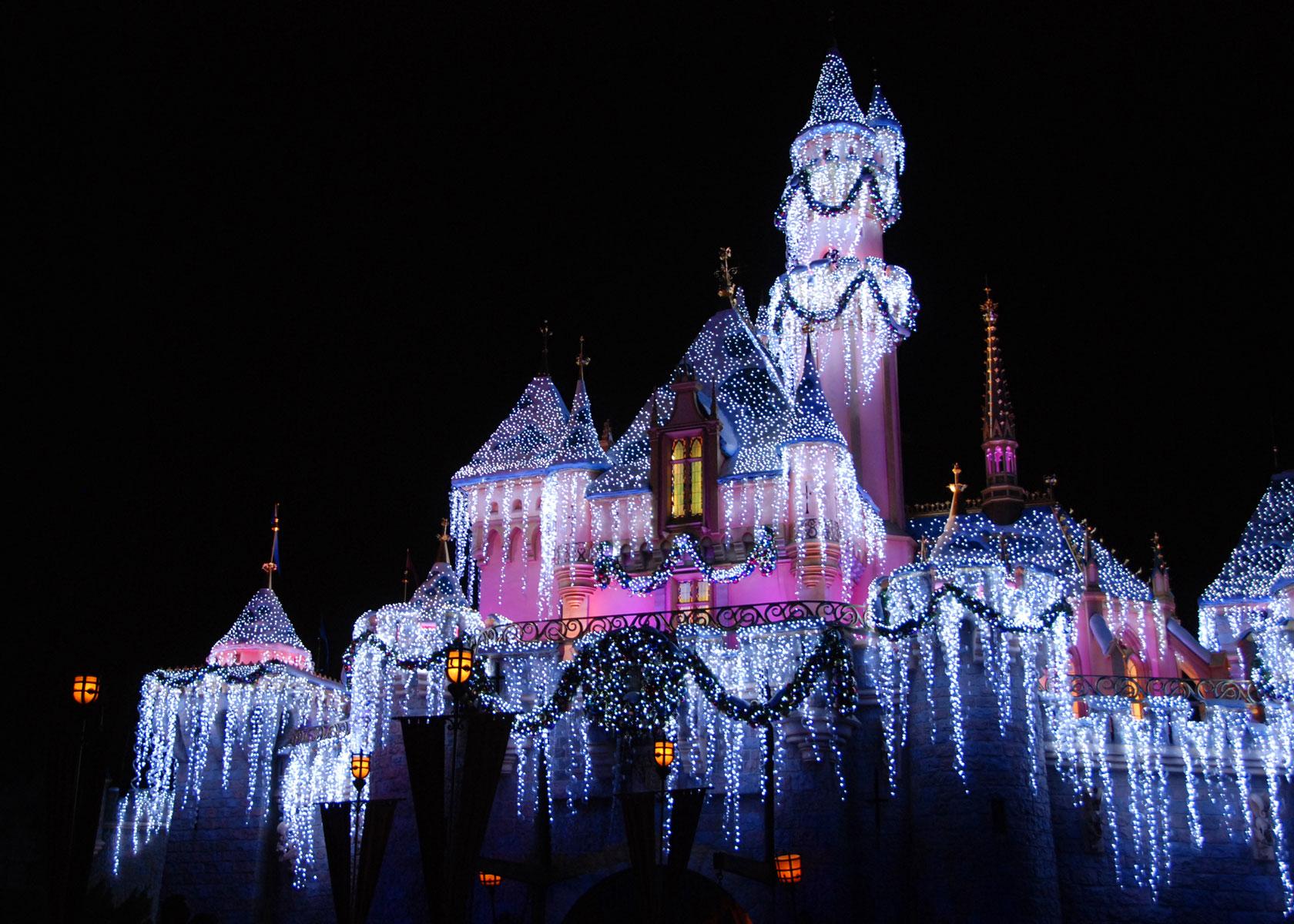 Kham pha Disneyland Paris Xu so cua cac nhan vat hoat hinh