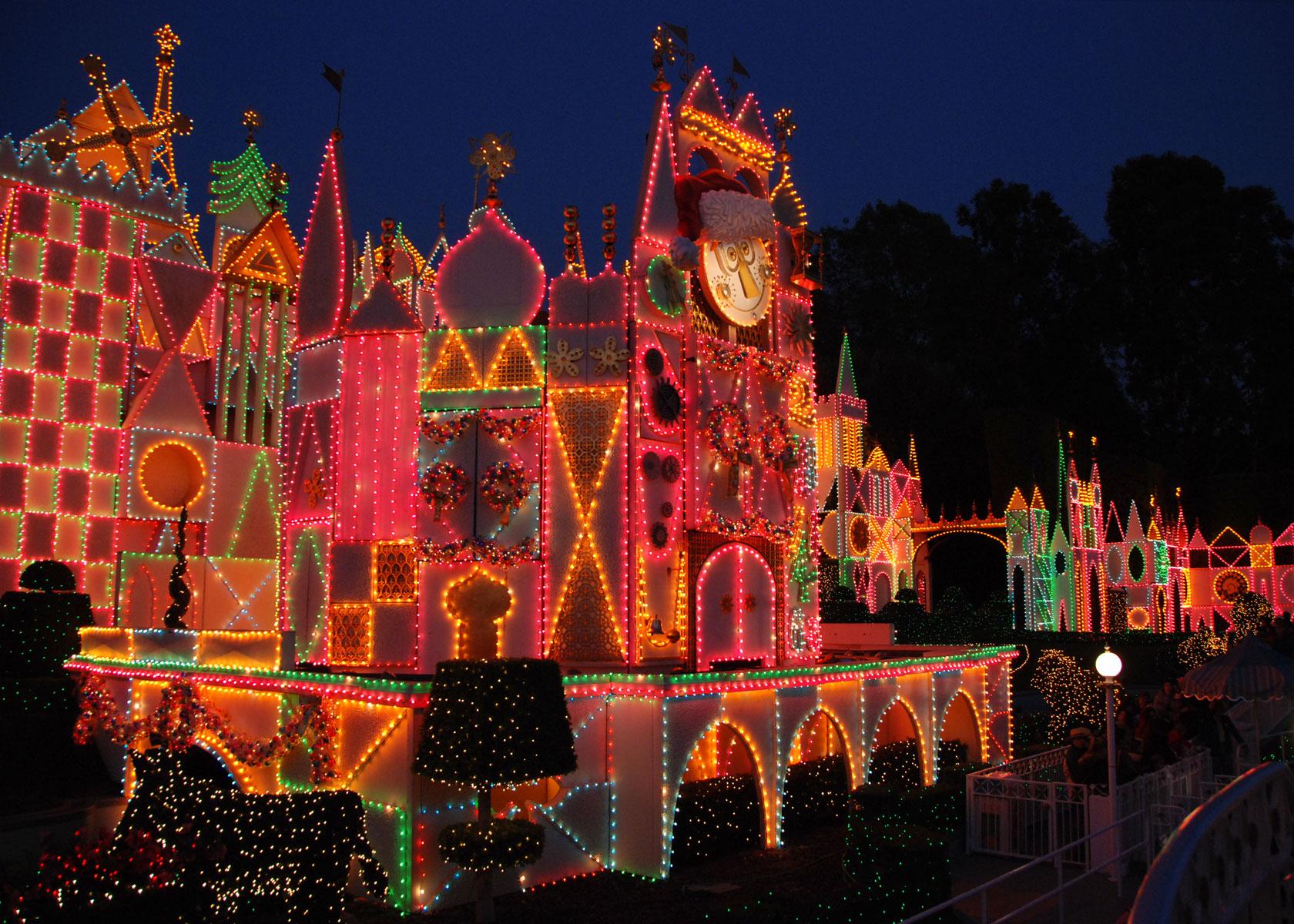 Mouseplanet - Christmastime 2007 At Disneyland Resort ...