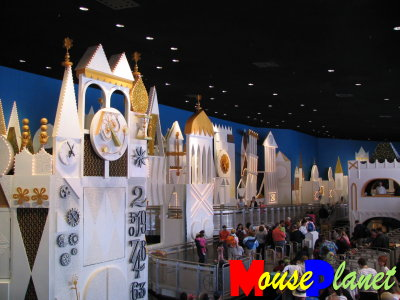 """pictures of walt disney world rides. The """"it#39;s a small world"""""""