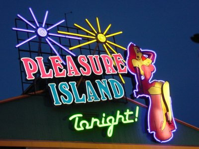 Cast members under 21 pleasure island seems