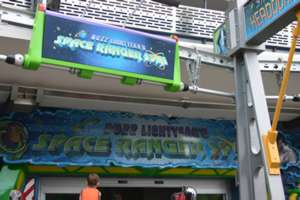 Image of Buzz Lightyear Space Ranger Spin